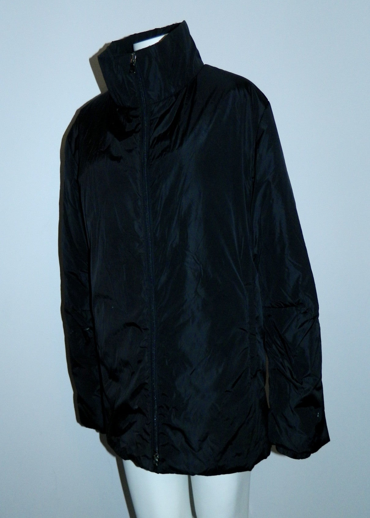 black nylon PRADA ski coat poly fill jacket Apres Ski travel It. 50 / US Mens M / Womens L- XL
