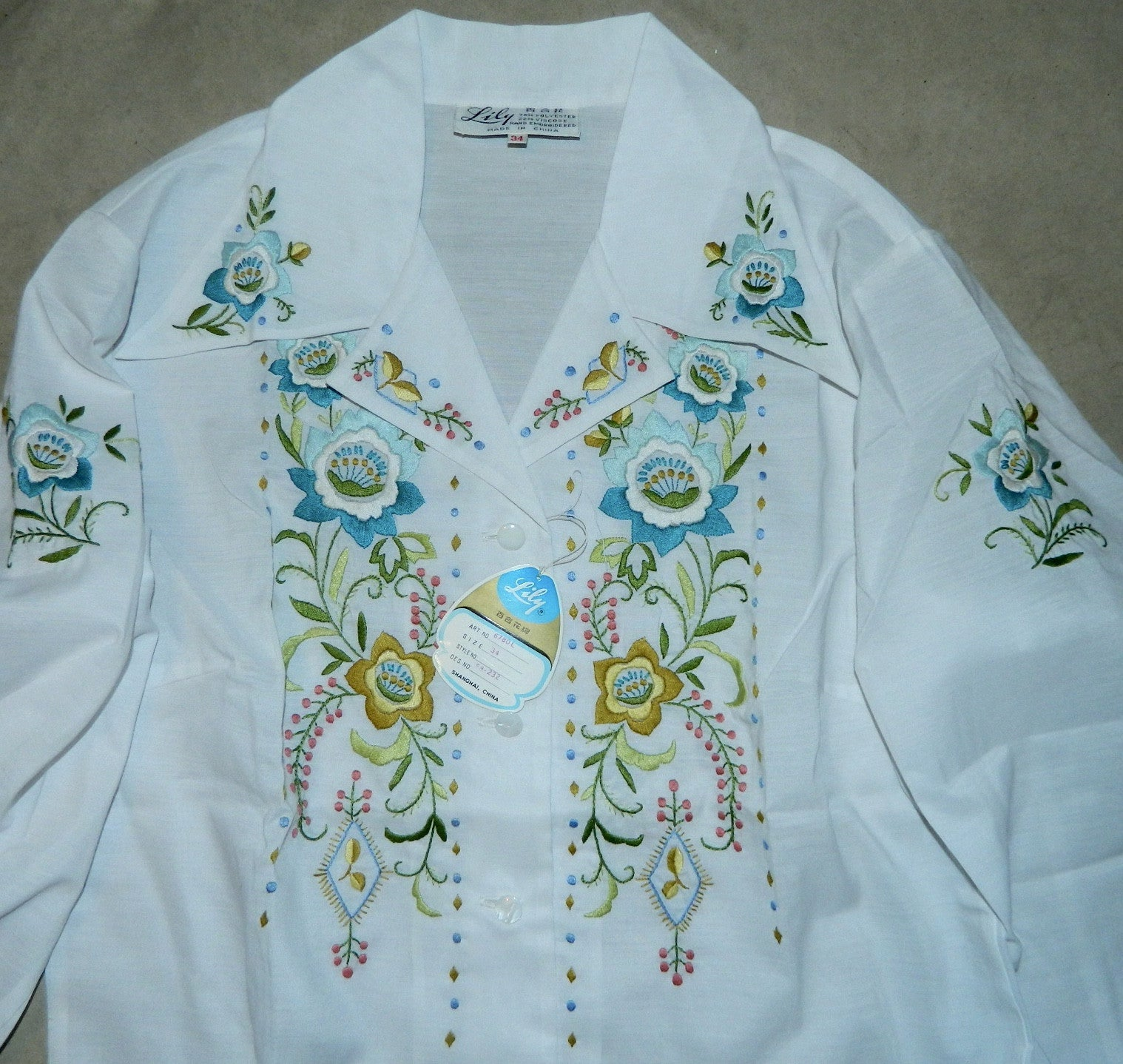 vintage white blouse 1970s hand embroidered flowers Lily XS / 34 NOS