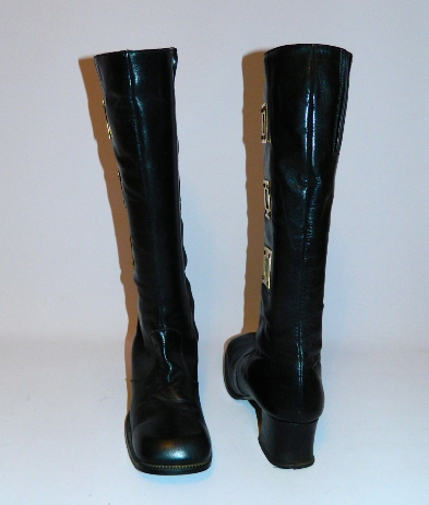 MOD vintage 1960s black leather Go Go boots brass squares 8 1/2 N