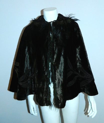 antique velvet cape 1800s Victorian dark brown capelet beaded soutache / fur trim