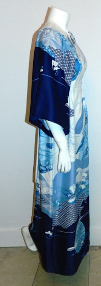 vintage Hilo Hattie dress 1970s Evelyn Margolis caftan kimono Hawaiian maxi gown blue waves XS - S