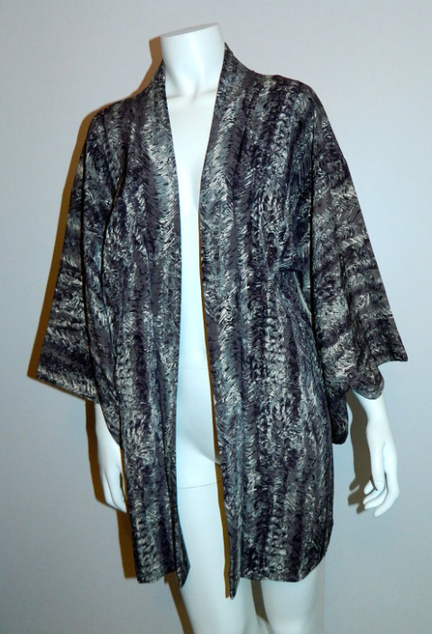 1930s / 1940s vintage KIMONO robe purple gray waves Haori jacket OS