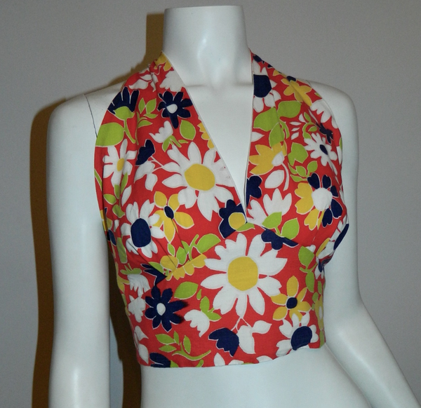 vintage 1970s halter top cotton tie neck red Flower Power Pin Up OS