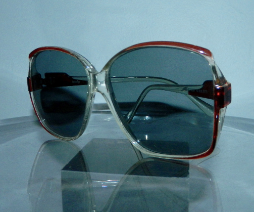 HUGE vintage 1970s sunglasses clear plastic SQUARE glasses frames Foster Grant gray lenses