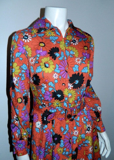 vintage 1970s shirt dress / MOD floral print / orange mini dress XS