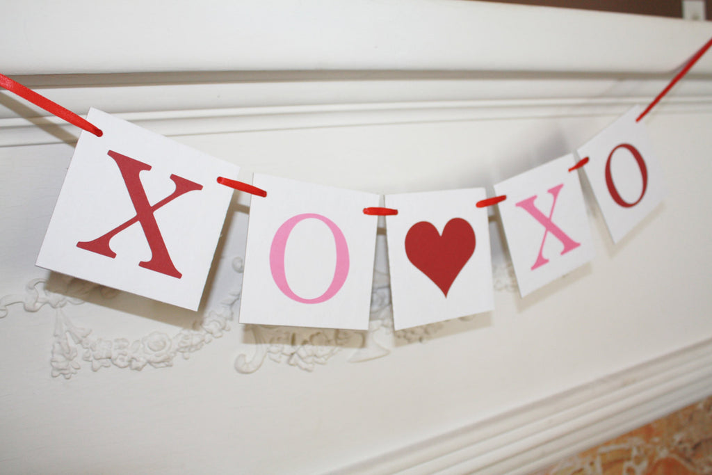 XO XO Hugs and Kisses Banner - Celebrating Together