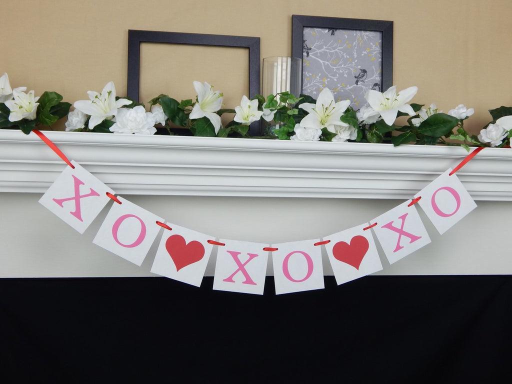 XO XO XO Hugs and Kisses Banner - Celebrating Together
