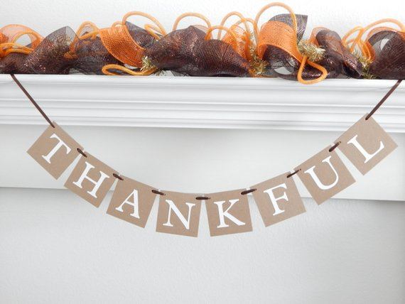 Rustic thankful banner - Autumn home decor - Fall decorations - Celebrating Together