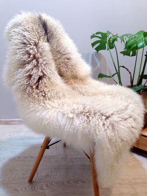 Curly Gotland Gray Sheepskin Rug