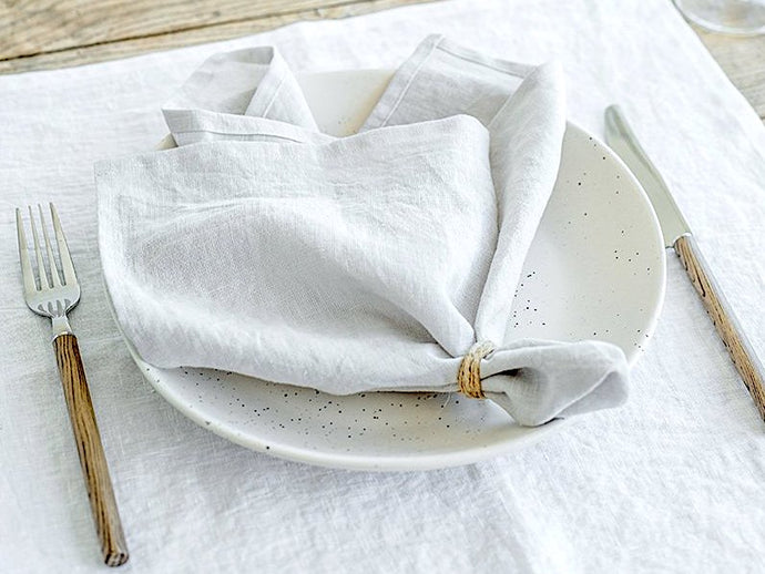 Classic White Linen Napkins - Set of 4