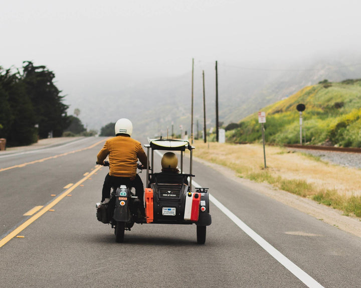 One-Foot Peelers, All Smiles & A Ural Kind Of Weekday