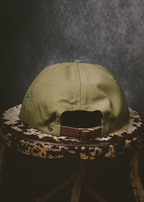 Iron & resin Maverick Hat with the Back Leather Buckle