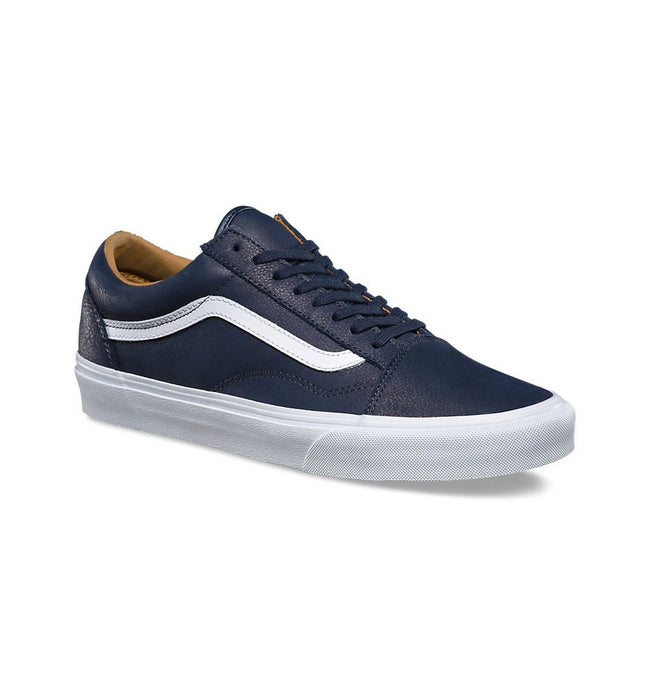 Vans UA Old Skool - Shoes: Men's - Iron and Resin