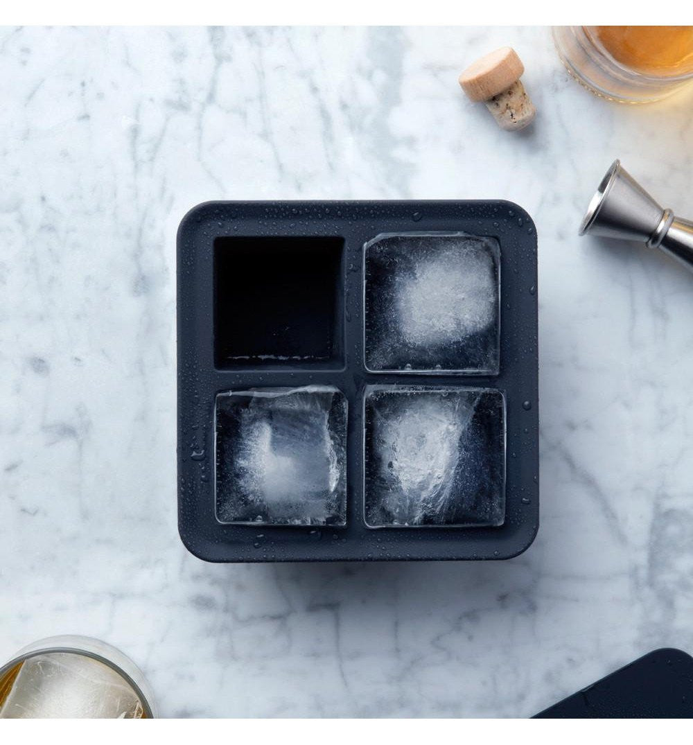 W & P Extra Large Ice Cube Tray - Kitchenware - Iron and Resin