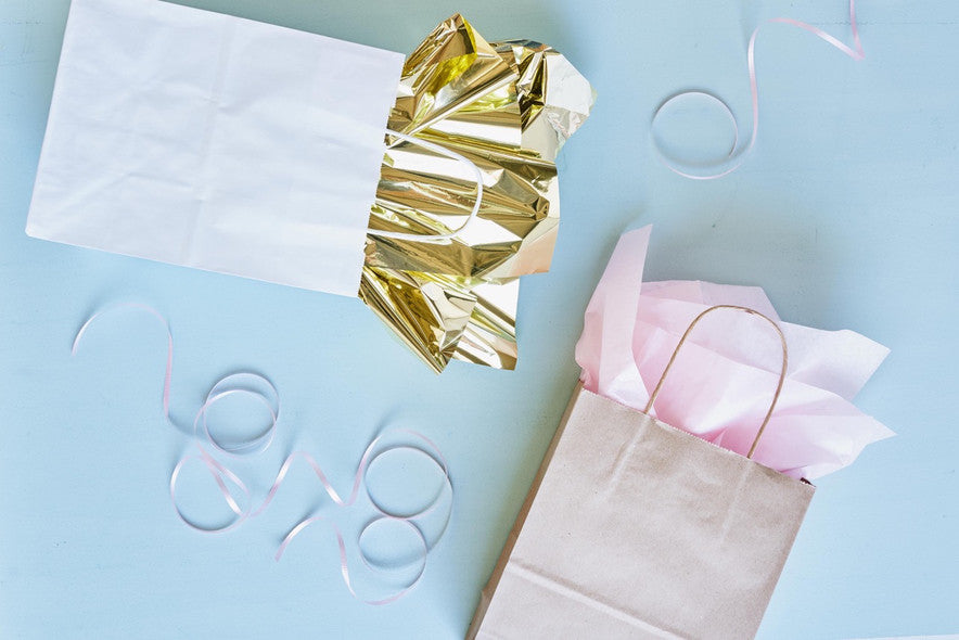 GIFT BAGS WITH TISSUE PAPER