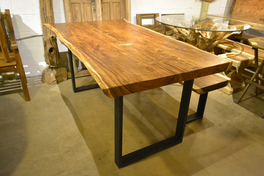 Custom Table and bench Acacia Wood