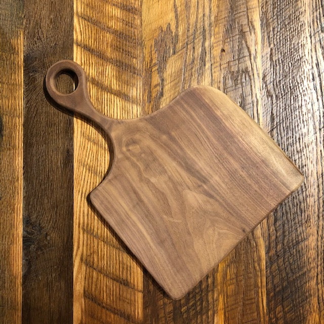 Walnut wood cutting board