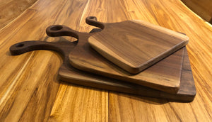 Walnut wood cutting board with Butcher Block Oil