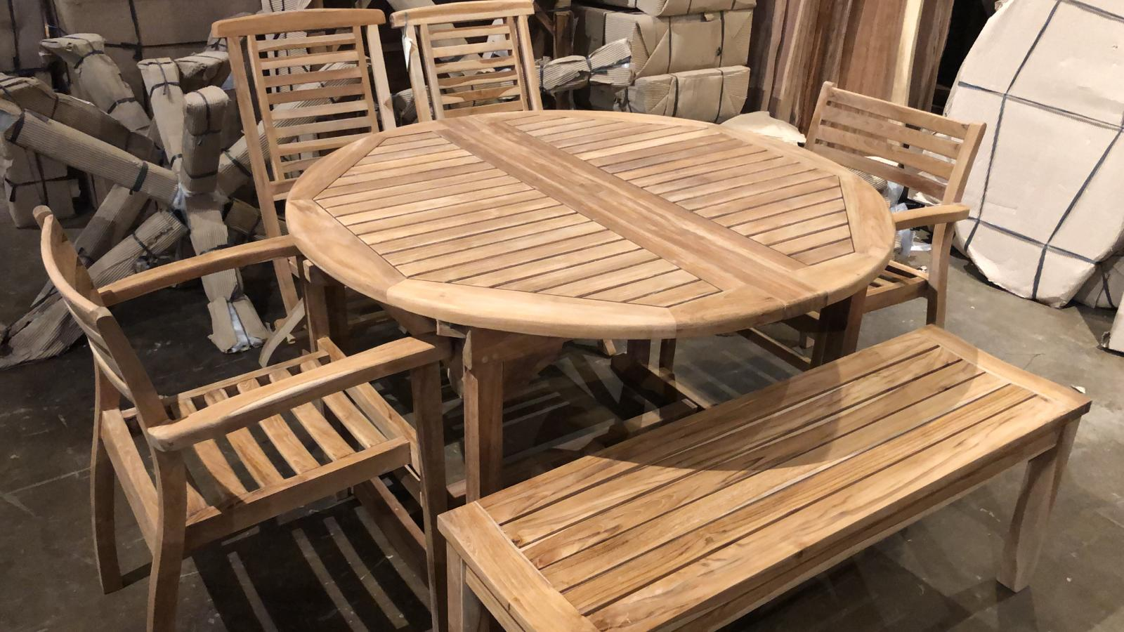 Teak expandable outdoor round table 47