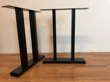 Pi metal dining table base