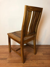 Whu Dining Chair