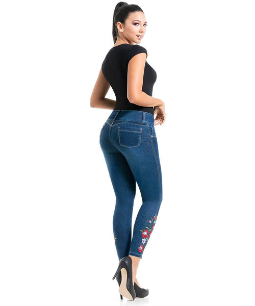 JAZZIE - Colombian Push Up Jeans by BONITABELLA