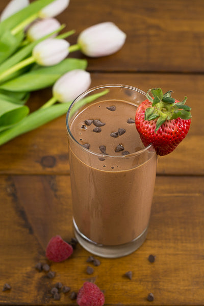 Vegan chocolate strawberry smoothie mini chocolate chips. Healthy recipe for before school or on-the-go.