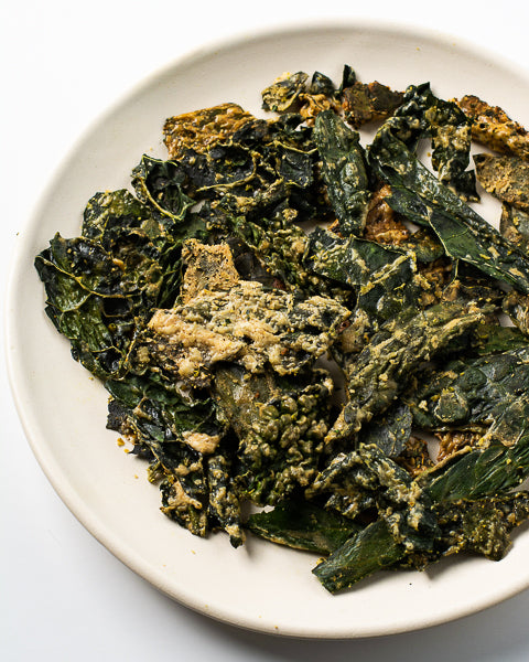 Kale chips with cumin and cayenne. Keto-friendly recipe for an easy, tasty snack!