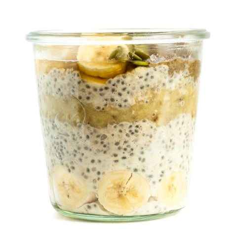 Banana overnight oats with banana coins and  chia seeds. Great on-the-go breakfast option!