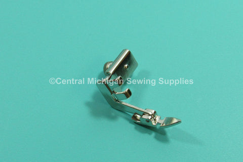 Singer Sewing Machine Slant Needle Adjustable Hinged Zipper Foot Fits 301, 401, 403, 404, 500, 503, 600 & 700 Series