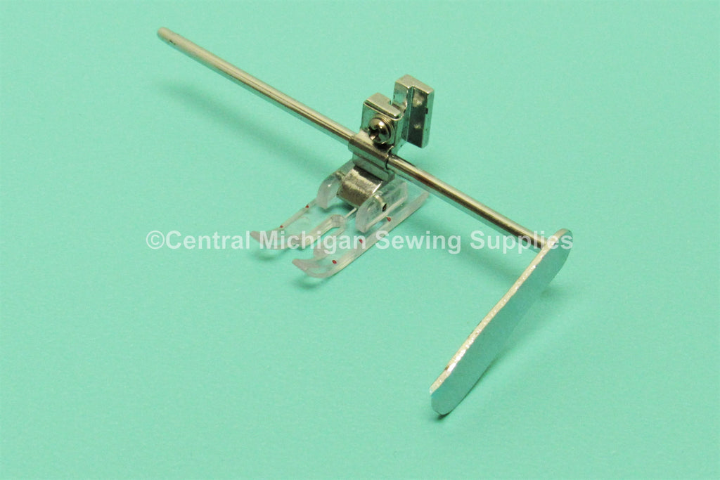 "Singer Sewing Machine Low Shank 1/4"" Quilting Foot With Guide Fit Models 27, 28, 66, 99, 15, 201, 206, 221, 222, 237, 239, 242, 247, 248, 252, 257, 306, 319"