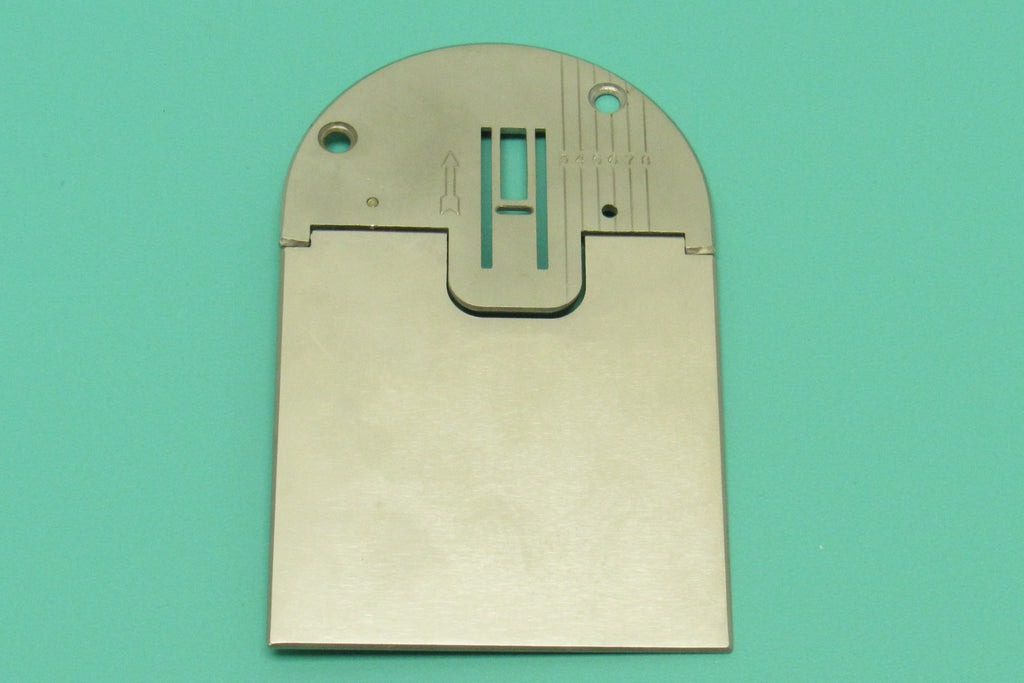 New Replacement ZigZag Needle Plate & Bobbin Cover Fits Singer Models 223, 224