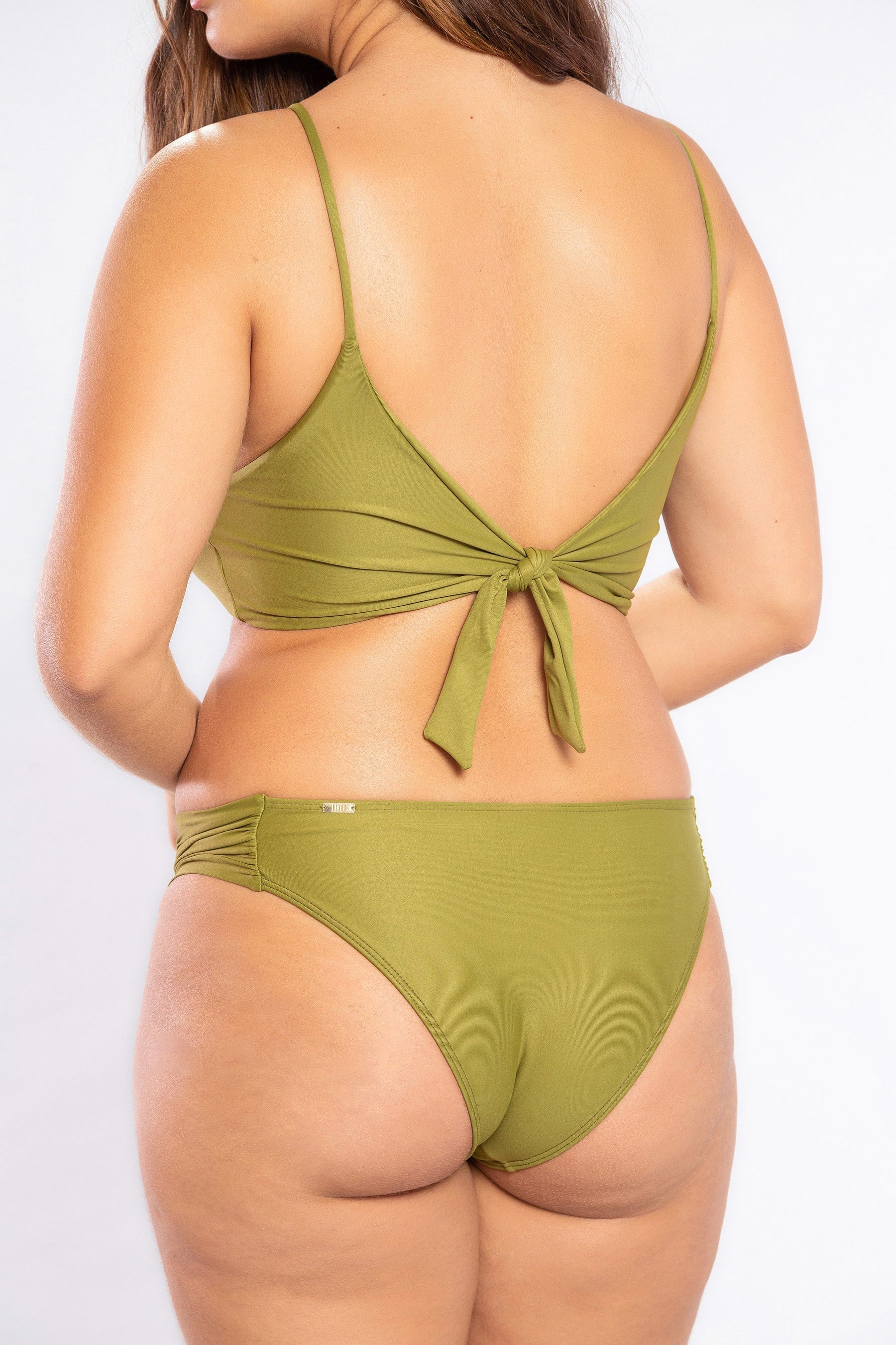 Essential Simple Butterfly Bottom
