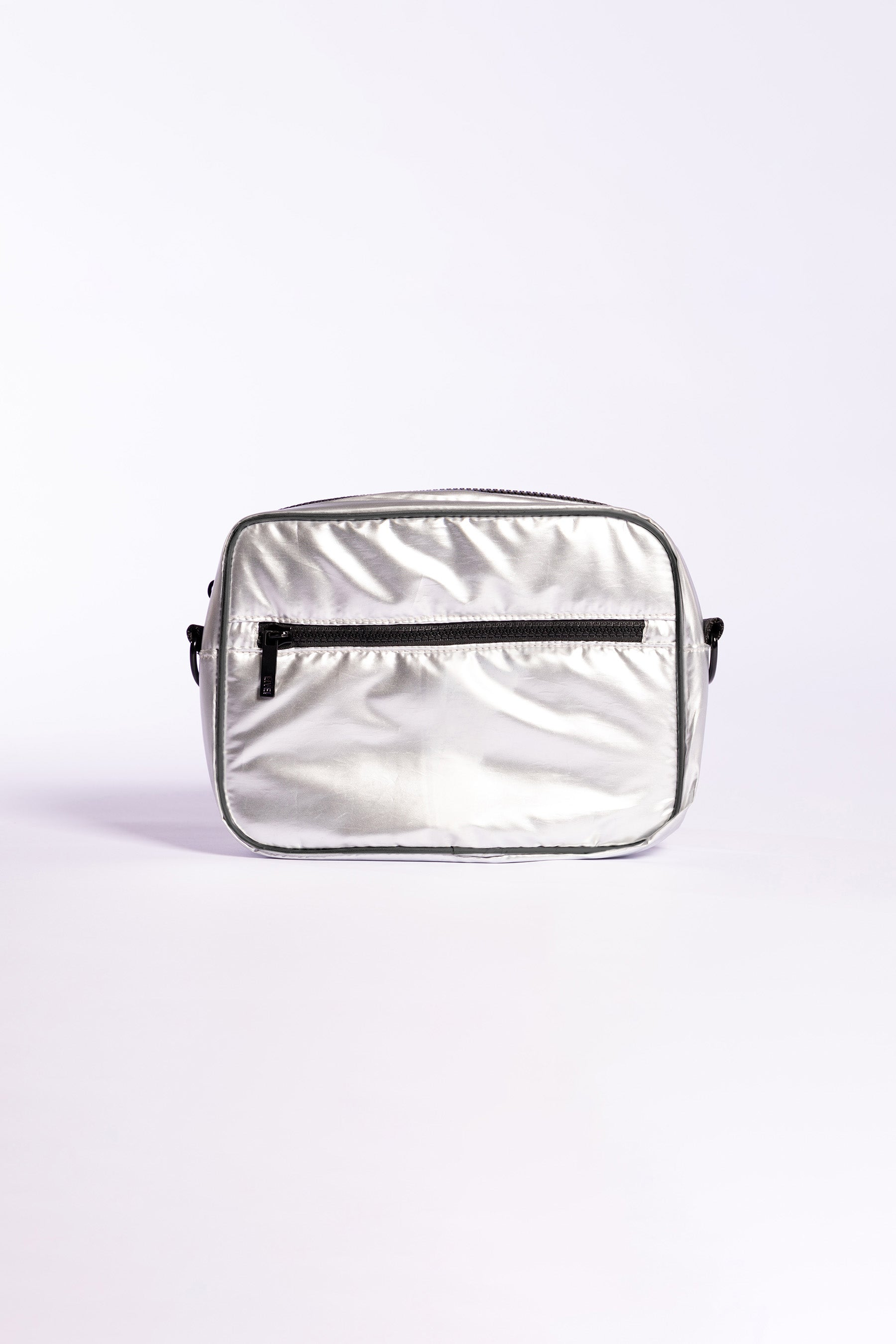 Metallic Boost Multifunctional Bag 2