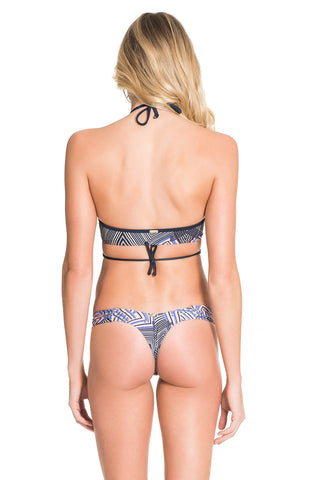 Illusion Slim Butterfly String Bottom