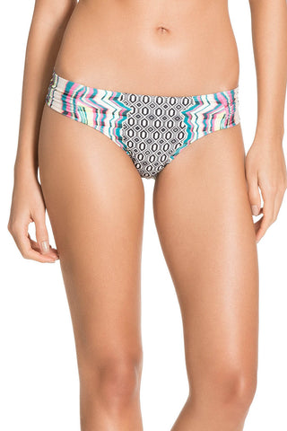 Ilusion Butterfly Bottom