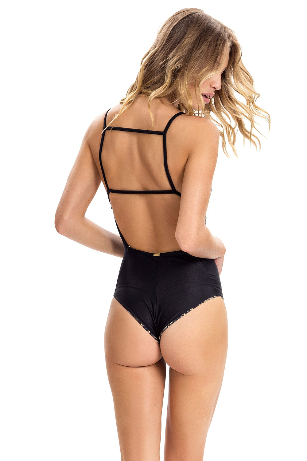 Geometric Minimal Reversible One Piece