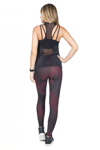 Illusion Geo Compress Tight