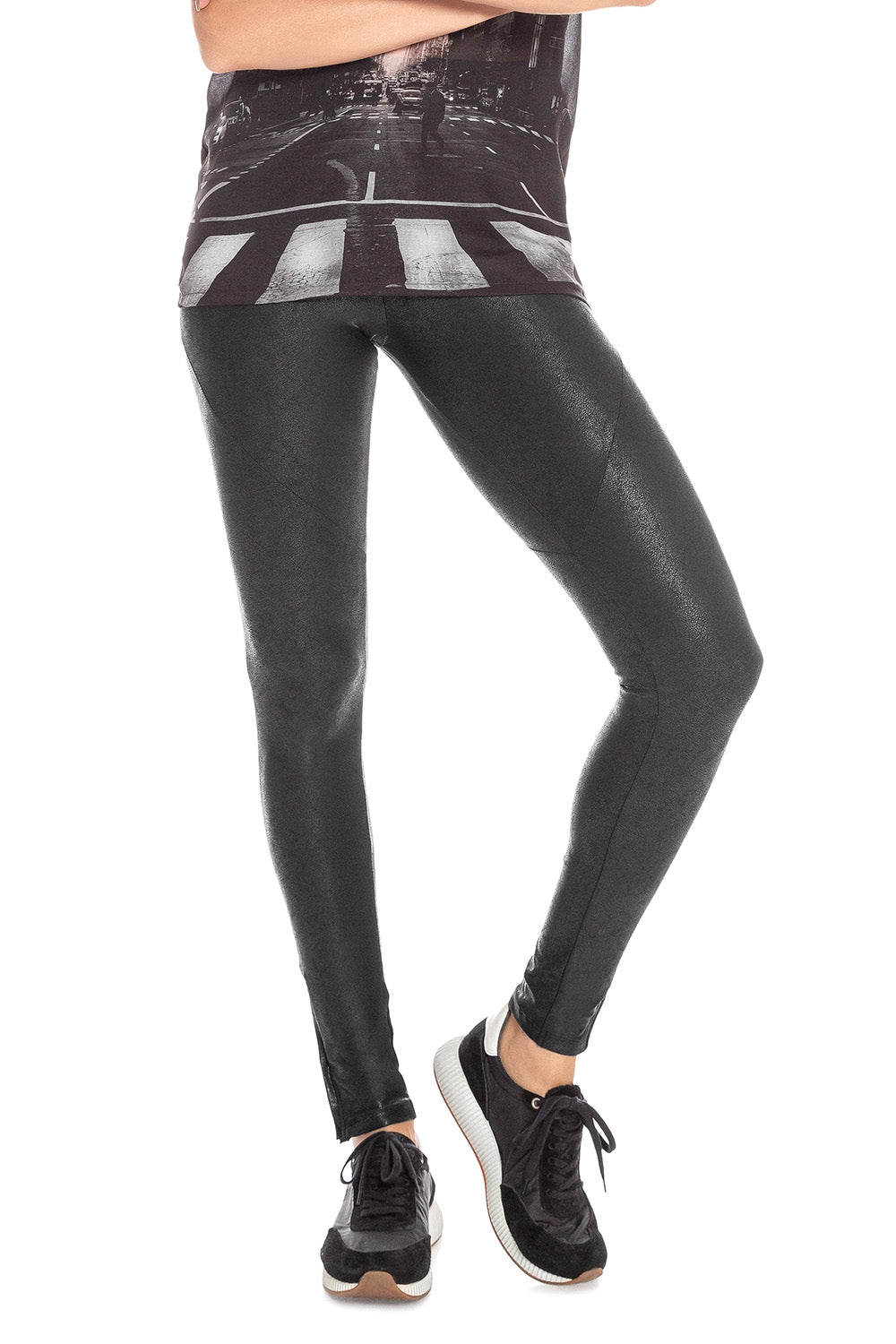 Urban Motion Tight