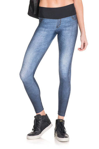 Boost Wash Denim Legging