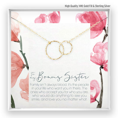 Bonus Sister <br> Linked Circles Necklace - Bella and Blush