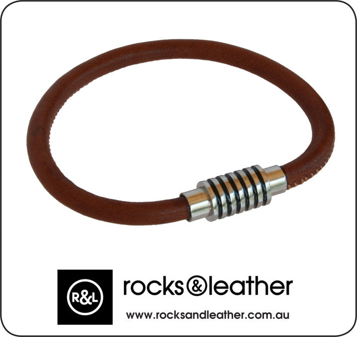 Rocks & Leather Mens Brown Leather Bracelet with Polished Detailed Clasp
