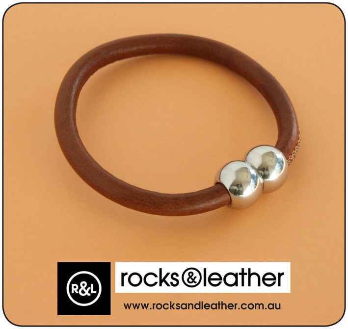 Rocks & Leather Bangle & Magnetic Clasp - Brown