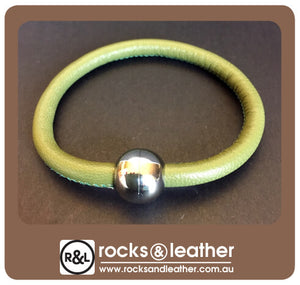 Rocks & Leather Bangle & Magnetic Clasp - Olive Green