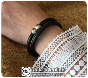 Rocks & Leather Black Twice Round Bracelet with Polished Silver Clasp