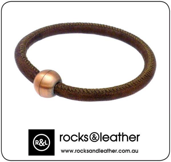 Rocks & Leather Bangle & Magnetic Clasp - Vintage Brown