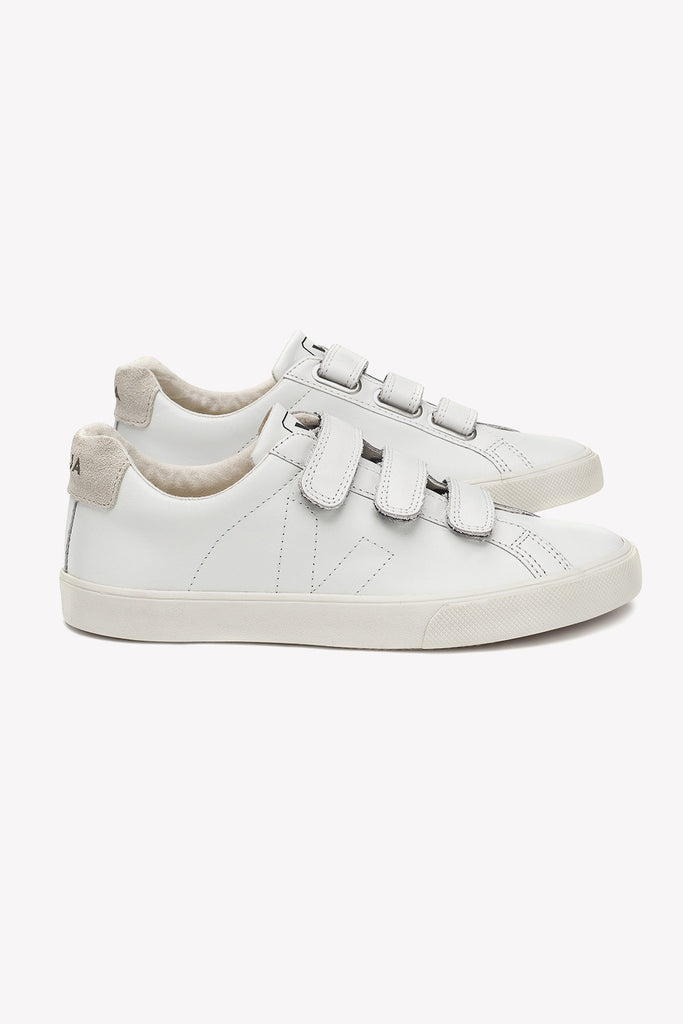 Esplar is named after the Brazilian NGO which brings technical support to  the organic cotton farming families Veja works with in North Brazil