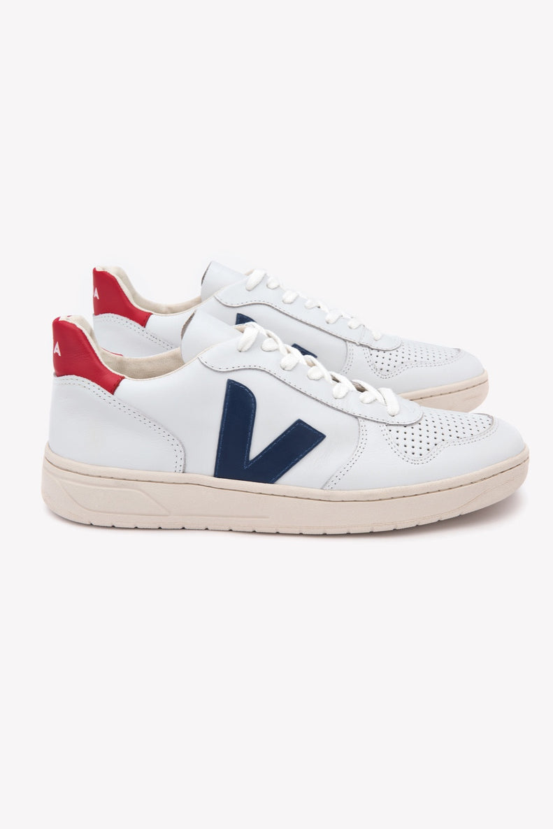 6003974b2e1 Veja s V-10 model made out of ecological and sustainable materials was  designed to celebrate their 10 year anniversary