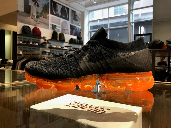 Air Vapormax Flyknit -Black/Orange