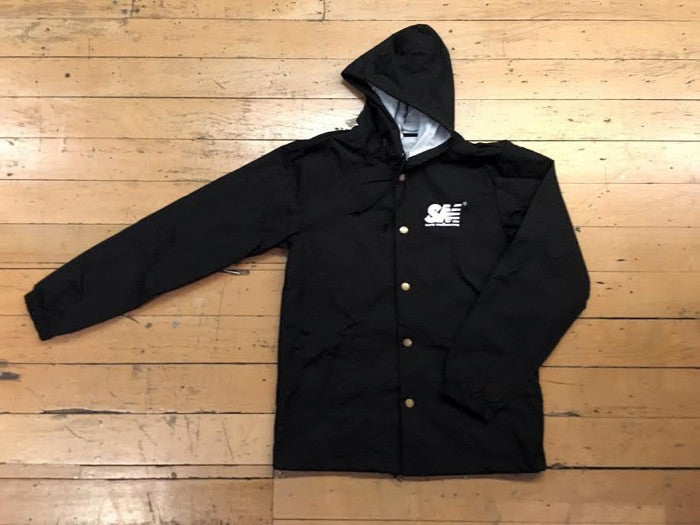 SM Logo Coach Jacket - black/white